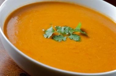 carrot onion tomato soup