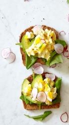 open toast egg sandwich