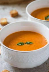 Roasted pumpkin and tomato soup